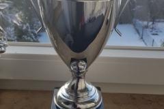 Vielen Dank an das Team für den tollen Pokal!
